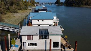 """Photo 34: 1 800 SOUTH DYKE Road in New Westminster: Queensborough House for sale in """"Queensborough Marina"""" : MLS®# R2548322"""