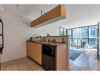 """Photo 4: 707 1367 ALBERNI Street in Vancouver: West End VW Condo for sale in """"The Lions"""" (Vancouver West)  : MLS®# R2581582"""