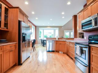 Photo 3: 281 VIRGINIA DRIVE in CAMPBELL RIVER: CR Willow Point House for sale (Campbell River)  : MLS®# 770810