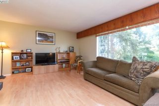 Photo 4: 618 Goldie Ave in VICTORIA: La Thetis Heights House for sale (Langford)  : MLS®# 813665