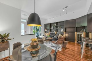 Photo 7: 2G 1067 MARINASIDE Crescent in Vancouver: Yaletown Townhouse for sale (Vancouver West)  : MLS®# R2618967