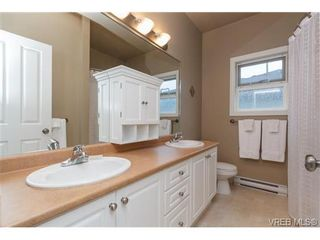 Photo 14: 3610 Pondside Terr in VICTORIA: Co Latoria House for sale (Colwood)  : MLS®# 720994