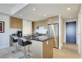 Photo 6: 2805 1111 10 Street SW in Calgary: Connaught Condo for sale : MLS®# C4004682