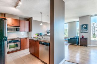 """Photo 6: 1903 11 E ROYAL Avenue in New Westminster: Fraserview NW Condo for sale in """"""""THE RESIDENCES OF VICTORIA HILL"""""""" : MLS®# R2354217"""