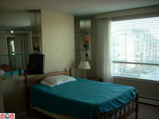 Photo 3: # 801 15111 RUSSELL AV: White Rock Condo for sale (South Surrey White Rock)  : MLS®# F1223444