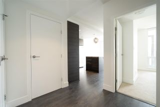 """Photo 5: 405 1550 FERN Street in North Vancouver: Lynnmour Condo for sale in """"Beacon at Seylynn Village"""" : MLS®# R2585739"""