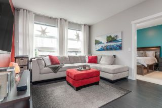 "Photo 3: 305 607 COTTONWOOD Avenue in Coquitlam: Coquitlam West Condo for sale in ""Stanton House"" : MLS®# R2534606"