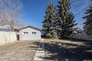 Photo 19: 301 108th Street West in Saskatoon: Sutherland Residential for sale : MLS®# SK850683