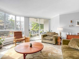 Photo 6: 206 1235 QUAYSIDE Drive in New Westminster: Quay Condo for sale : MLS®# R2204343