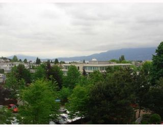 """Photo 1: 515 1707 W 7TH Avenue in Vancouver: Fairview VW Condo for sale in """"SANTA FE"""" (Vancouver West)  : MLS®# V751168"""