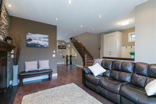 Photo 13: 617 11 Avenue NE in Calgary: Renfrew Semi Detached for sale : MLS®# C4241438