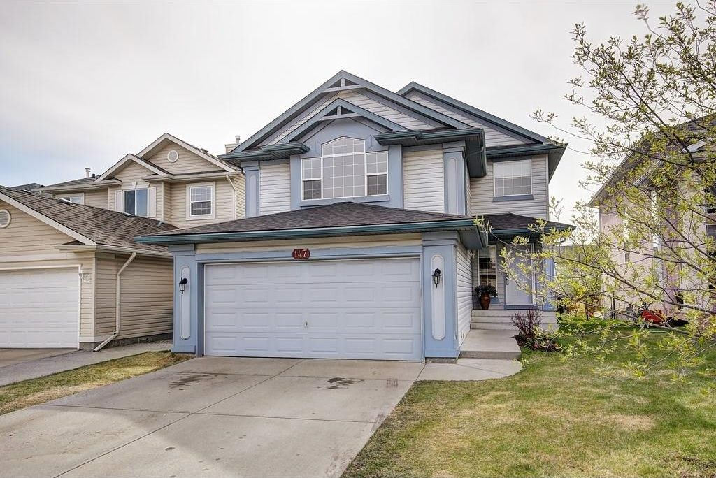 Main Photo: 147 TUSCANY HILLS Circle NW in Calgary: Tuscany House for sale : MLS®# C4115208
