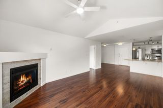 Photo 3: 402 2350 WESTERLY Street in Abbotsford: Abbotsford West Condo for sale : MLS®# R2624978