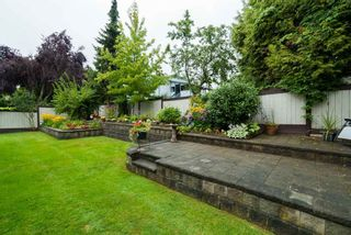 Photo 5: 9066 144A STREET in Surrey: Bear Creek Green Timbers House for sale : MLS®# R2097269