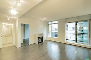 "Photo 5: 2001 1211 MELVILLE Street in Vancouver: Coal Harbour Condo for sale in ""RITZ"" (Vancouver West)  : MLS®# R2559926"