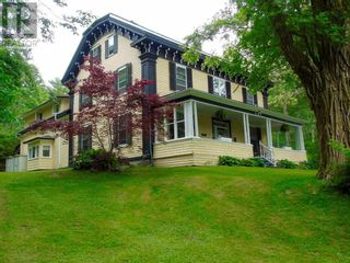 Photo 3: 147 Highway 8 in Milton: House for sale : MLS®# 202025585