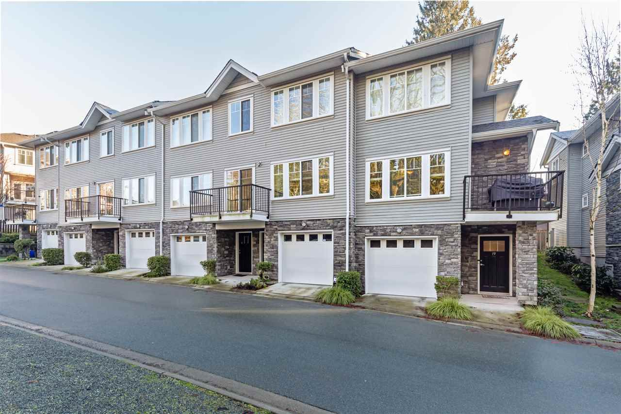 """Main Photo: 19 13864 HYLAND Road in Surrey: East Newton Townhouse for sale in """"TEO"""" : MLS®# R2548136"""