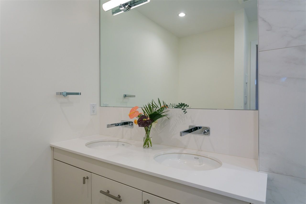 """Photo 15: Photos: 101 1750 W 10TH Avenue in Vancouver: Fairview VW Condo for sale in """"Regency House"""" (Vancouver West)  : MLS®# R2278218"""