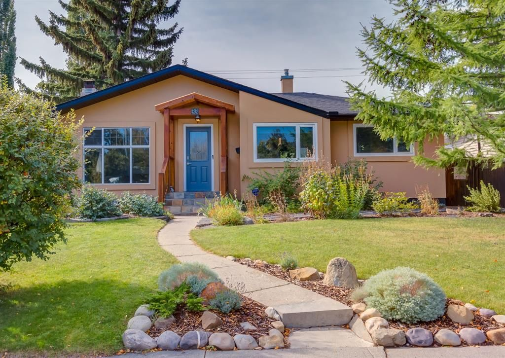 Main Photo: 33 Windermere Road SW in Calgary: Wildwood Detached for sale : MLS®# A1146094
