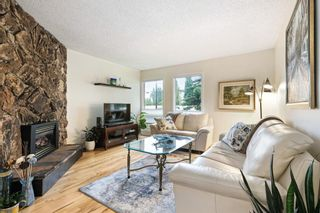 Photo 3: 6924 Coach Hill Road SW in Calgary: Coach Hill Semi Detached for sale : MLS®# A1122510