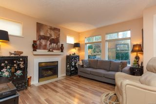 Photo 6: 106 1196 Sluggett Rd in : CS Brentwood Bay Condo for sale (Central Saanich)  : MLS®# 863140
