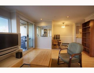 Photo 5: 407 1099 E BROADWAY in Vancouver: Mount Pleasant VE Condo for sale (Vancouver East)  : MLS®# V808468