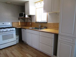 Photo 5: 3941 247 Road in Kiskatinaw: BCNREB Out of Area Manufactured Home for sale (Fort St. John (Zone 60))  : MLS®# R2327027