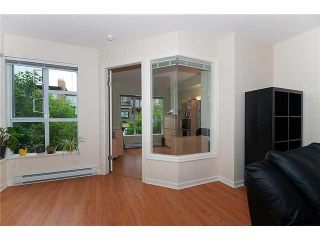 """Photo 6: 302 2161 W 12TH Avenue in Vancouver: Kitsilano Condo for sale in """"CARLINGS"""" (Vancouver West)  : MLS®# V909987"""