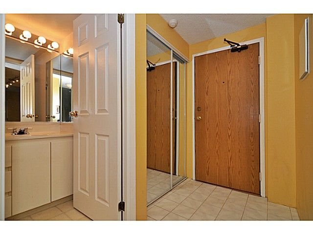 Photo 4: Photos: 204 110 W 4TH STREET in : Lower Lonsdale Condo for sale : MLS®# V1070912