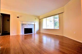 Photo 3: 12588 24 Avenue in Surrey: Crescent Bch Ocean Pk. House for sale (South Surrey White Rock)  : MLS®# R2178943