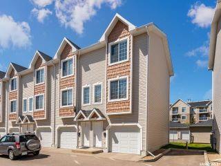 Photo 1: 10 243 Herold Terrace in Saskatoon: Lakewood S.C. Residential for sale : MLS®# SK815541