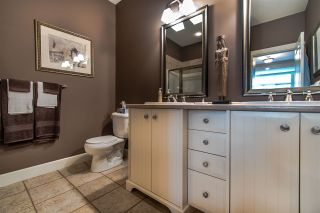 """Photo 19: 64 14655 32 Avenue in Surrey: Elgin Chantrell Townhouse for sale in """"Elgin Pointe"""" (South Surrey White Rock)  : MLS®# R2496282"""