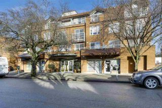 """Photo 1: 401 2071 W 42ND Avenue in Vancouver: Kerrisdale Condo for sale in """"THE LAUREATES"""" (Vancouver West)  : MLS®# R2133833"""