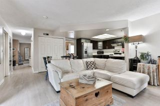 """Photo 1: 7275 CAMANO Street in Vancouver: Champlain Heights Townhouse for sale in """"Solar West"""" (Vancouver East)  : MLS®# R2499706"""