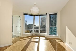 """Photo 2: 1102 788 HAMILTON Street in Vancouver: Downtown VW Condo for sale in """"TV TOWERS 1"""" (Vancouver West)  : MLS®# R2217324"""