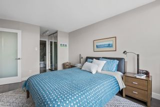 """Photo 19: 510 1490 PENNYFARTHING Drive in Vancouver: False Creek Condo for sale in """"Harbour Cove"""" (Vancouver West)  : MLS®# R2618903"""