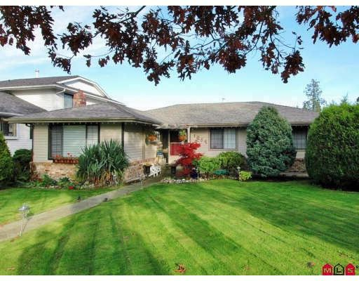 """Main Photo: 1954 148TH Street in White_Rock: Sunnyside Park Surrey House for sale in """"SOUTHMERE"""" (South Surrey White Rock)  : MLS®# F2727274"""