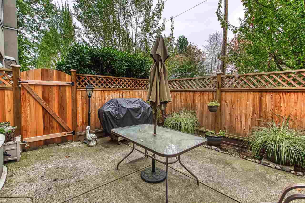 """Photo 19: Photos: 6 1215 BRUNETTE Avenue in Coquitlam: Maillardville Townhouse for sale in """"Place Fountaine Bleu"""" : MLS®# R2407958"""