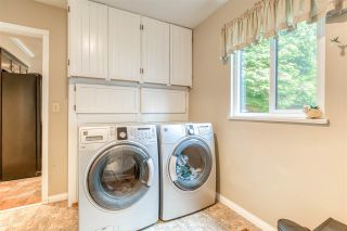 "Photo 13: 11189 CANYON Crescent in Delta: Sunshine Hills Woods House for sale in ""Sunshine Hills/ Cougar Canyon Estates"" (N. Delta)  : MLS®# R2466153"