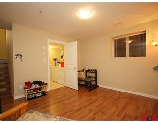 """Photo 7: 35 6651 203RD Street in Langley: Willoughby Heights Townhouse for sale in """"SUNSCAPE"""" : MLS®# F2833451"""