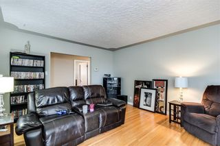 Photo 7: 4823 1 Street NE in Calgary: Greenview Detached for sale : MLS®# C4306006