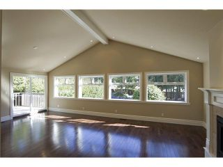 """Photo 4: 4640 WOODBURN RD in West Vancouver: Cypress Park Estates House for sale in """"CYPRESS PARK ESTATES"""" : MLS®# V936602"""