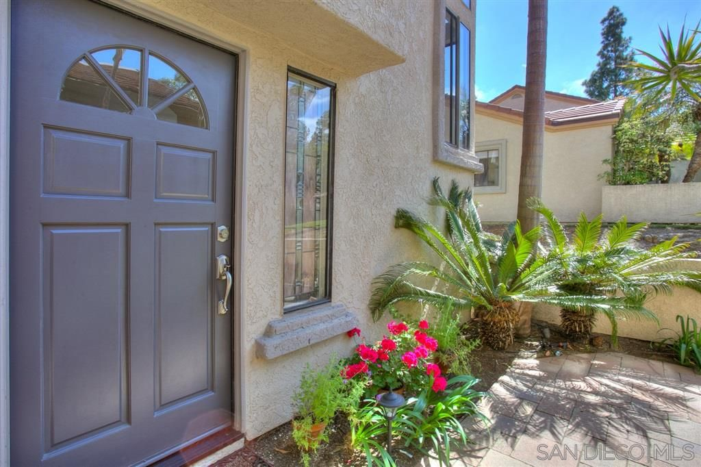 Photo 3: Photos: CARMEL VALLEY Townhouse for rent : 3 bedrooms : 3631 Fallon Circle in San Diego