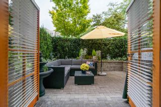 """Photo 17: 1 2437 W 1ST Avenue in Vancouver: Kitsilano Townhouse for sale in """"FIRST AVENUE MEWS"""" (Vancouver West)  : MLS®# R2603128"""