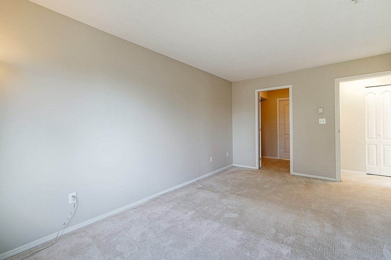Photo 27: Photos: 306 2962 TRETHEWEY STREET in Abbotsford: Abbotsford West Condo for sale : MLS®# R2470028