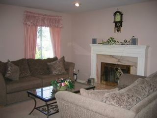 Photo 3: 5927 135A ST: House for sale (Panorama Ridge)  : MLS®# 2417182