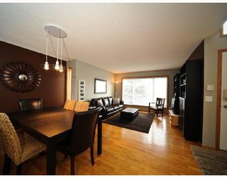 Photo 2: 178 SIERRA MORENA Close SW in CALGARY: Richmond Hill Residential Detached Single Family for sale (Calgary)  : MLS®# C3357815