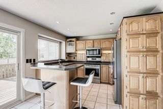 Photo 10: 416 McKerrell Place SE in Calgary: McKenzie Lake Detached for sale : MLS®# A1112888