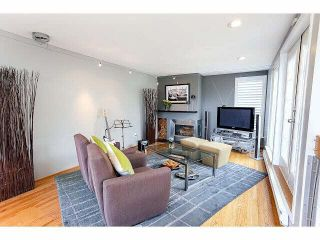 """Photo 4: 844 W 7TH AVE - LISTED BY SUTTON CENTRE REALTY in Vancouver: Fairview VW Townhouse for sale in """"WILLOW CASTLE"""" (Vancouver West)  : MLS®# V1106691"""