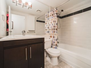 "Photo 11: 116 1422 E 3RD Avenue in Vancouver: Grandview VE Condo for sale in ""La Contessa"" (Vancouver East)  : MLS®# R2115800"